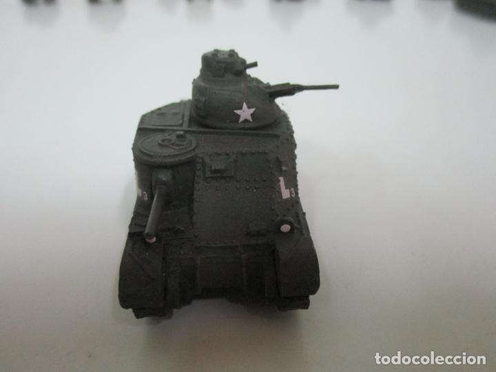 Maquetas: Carros de Combate - Lote, Colección 27 Tanques - Juguete de Plomo, Tanque - Escala 1/87 - con Funda - Foto 29 - 137971442
