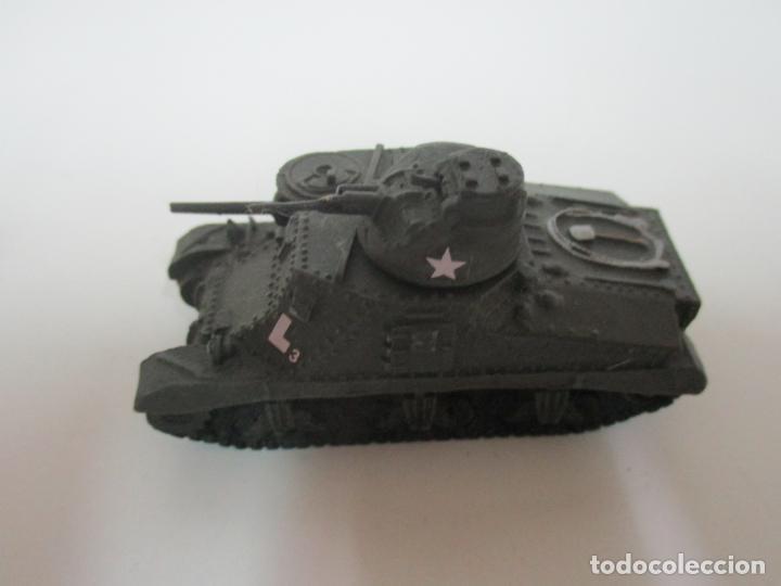 Maquetas: Carros de Combate - Lote, Colección 27 Tanques - Juguete de Plomo, Tanque - Escala 1/87 - con Funda - Foto 30 - 137971442