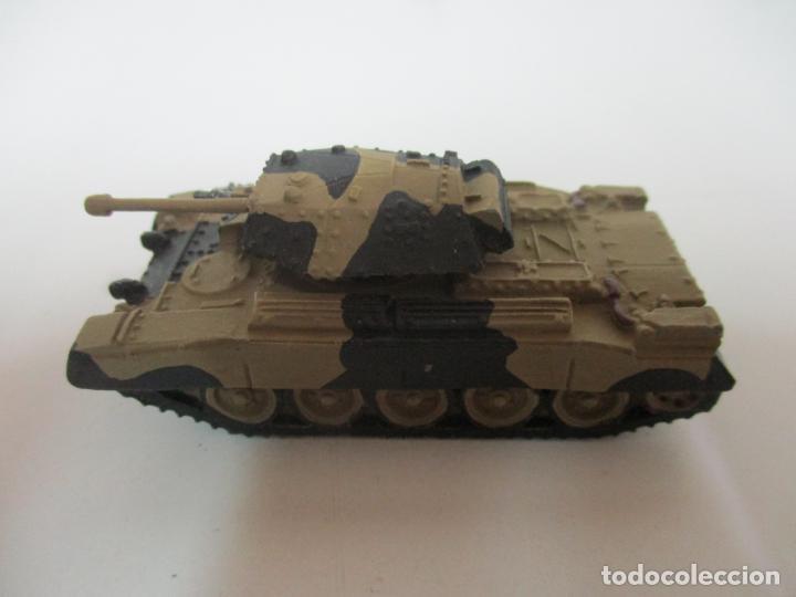 Maquetas: Carros de Combate - Lote, Colección 27 Tanques - Juguete de Plomo, Tanque - Escala 1/87 - con Funda - Foto 39 - 137971442