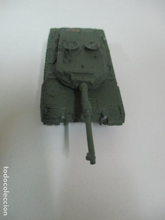 Maquetas: Carros de Combate - Lote, Colección 27 Tanques - Juguete de Plomo, Tanque - Escala 1/87 - con Funda - Foto 43 - 137971442