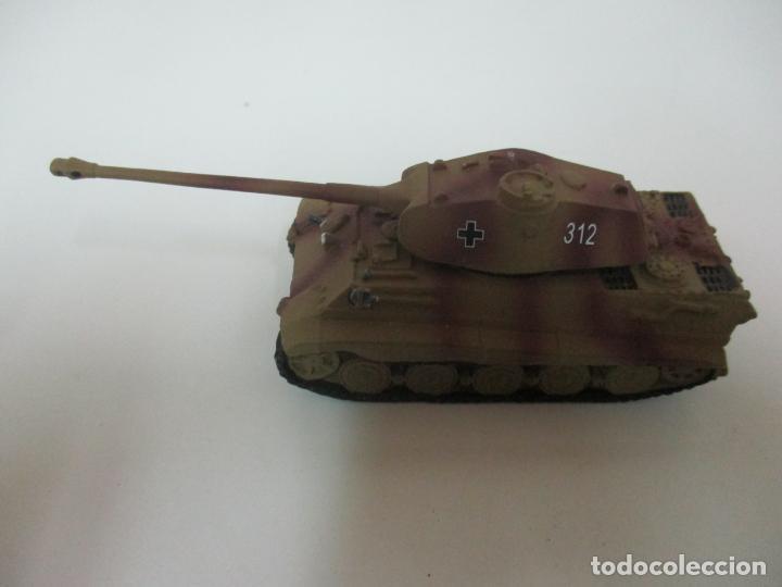 Maquetas: Carros de Combate - Lote, Colección 27 Tanques - Juguete de Plomo, Tanque - Escala 1/87 - con Funda - Foto 48 - 137971442