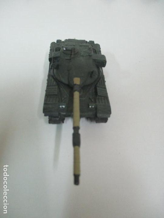 Maquetas: Carros de Combate - Lote, Colección 27 Tanques - Juguete de Plomo, Tanque - Escala 1/87 - con Funda - Foto 49 - 137971442