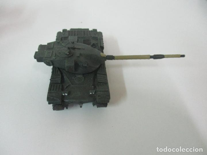 Maquetas: Carros de Combate - Lote, Colección 27 Tanques - Juguete de Plomo, Tanque - Escala 1/87 - con Funda - Foto 50 - 137971442