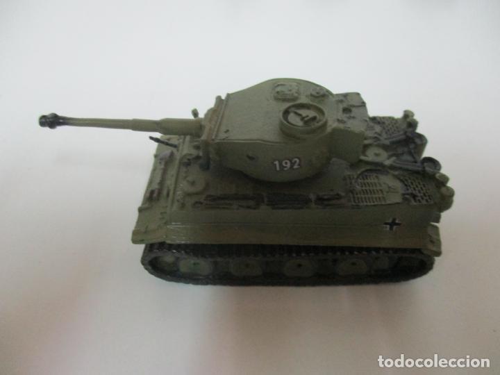 Maquetas: Carros de Combate - Lote, Colección 27 Tanques - Juguete de Plomo, Tanque - Escala 1/87 - con Funda - Foto 54 - 137971442