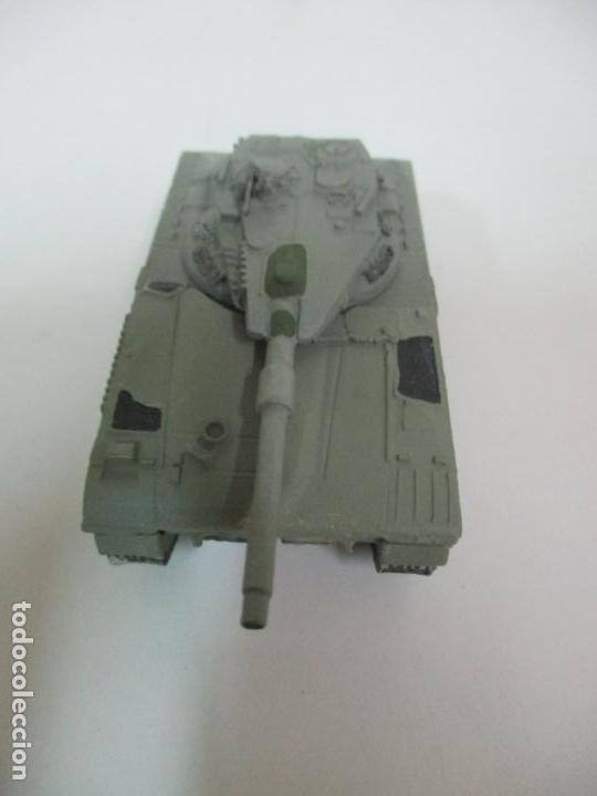Maquetas: Carros de Combate - Lote, Colección 27 Tanques - Juguete de Plomo, Tanque - Escala 1/87 - con Funda - Foto 55 - 137971442