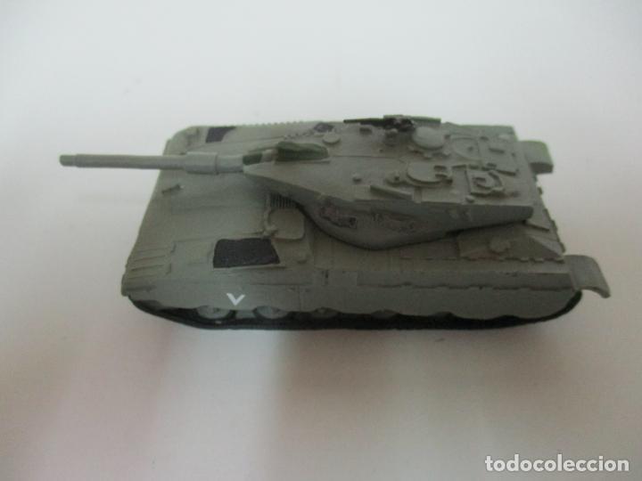 Maquetas: Carros de Combate - Lote, Colección 27 Tanques - Juguete de Plomo, Tanque - Escala 1/87 - con Funda - Foto 57 - 137971442