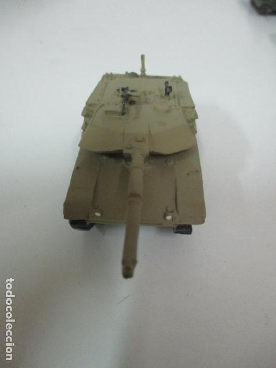 Maquetas: Carros de Combate - Lote, Colección 27 Tanques - Juguete de Plomo, Tanque - Escala 1/87 - con Funda - Foto 61 - 137971442