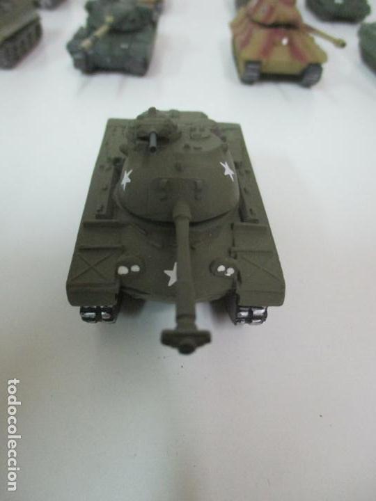 Maquetas: Carros de Combate - Lote, Colección 27 Tanques - Juguete de Plomo, Tanque - Escala 1/87 - con Funda - Foto 69 - 137971442