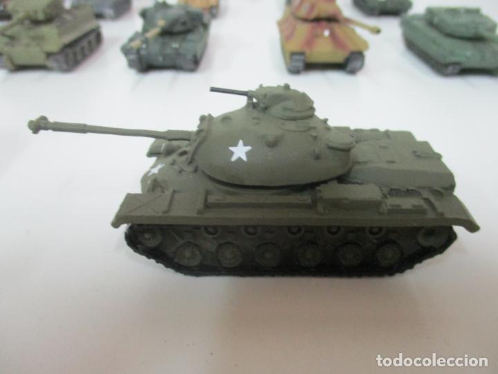 Maquetas: Carros de Combate - Lote, Colección 27 Tanques - Juguete de Plomo, Tanque - Escala 1/87 - con Funda - Foto 71 - 137971442