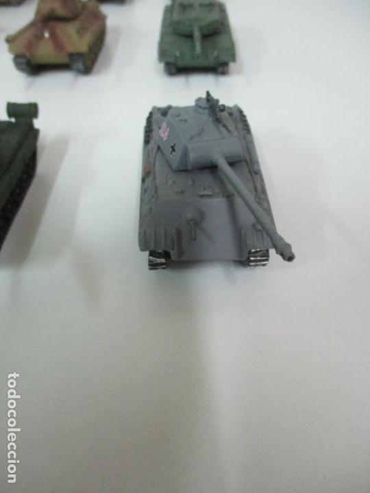 Maquetas: Carros de Combate - Lote, Colección 27 Tanques - Juguete de Plomo, Tanque - Escala 1/87 - con Funda - Foto 72 - 137971442