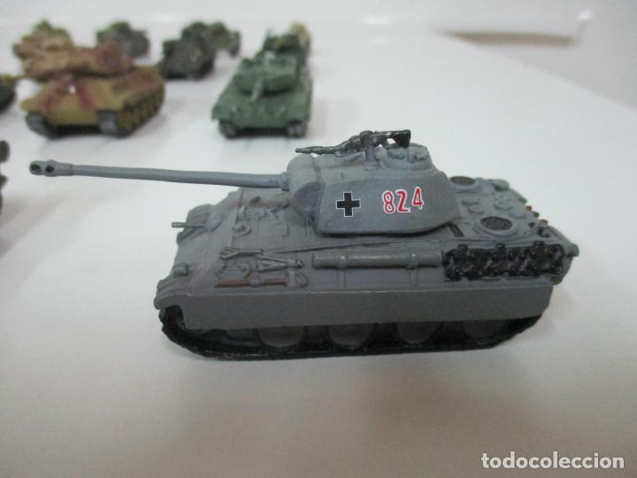 Maquetas: Carros de Combate - Lote, Colección 27 Tanques - Juguete de Plomo, Tanque - Escala 1/87 - con Funda - Foto 74 - 137971442