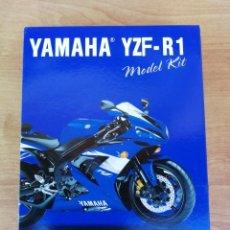 Maquetas: MAQUETA MOTO MOTOCICLETA YAMAHA YZF R1 MARCA NEW RAY ESCALA 1:12. Lote 144237788