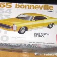 Maquetas: PONTIAC BONNEVILLE HARDTOP MODELO 1965 MAQUETA AÑO 1977 AMT REF 2209 ESCALA 1/ 25 MICHIGAN USA. Lote 139666354