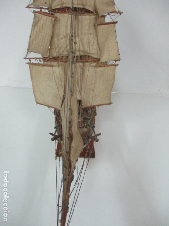 Maquetas: Antigua Maqueta de Fragata, Barco, Velero Americano - Madera y Tela - Principios S. XX - Foto 21 - 142182186