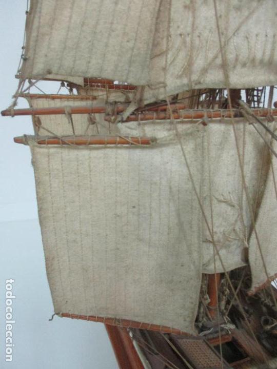 Maquetas: Antigua Maqueta de Fragata, Barco, Velero Americano - Madera y Tela - Principios S. XX - Foto 22 - 142182186