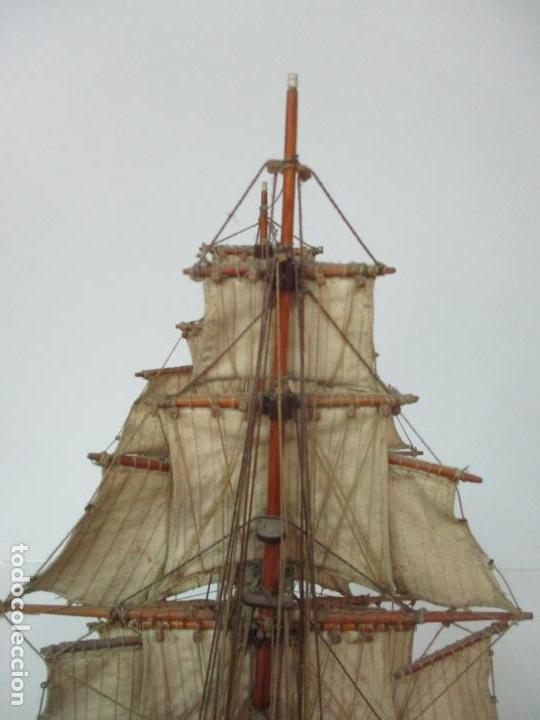 Maquetas: Antigua Maqueta de Fragata, Barco, Velero Americano - Madera y Tela - Principios S. XX - Foto 30 - 142182186