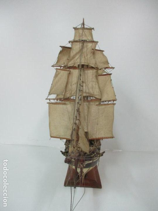 Maquetas: Antigua Maqueta de Fragata, Barco, Velero Americano - Madera y Tela - Principios S. XX - Foto 32 - 142182186