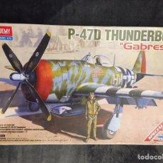 Maquetas: P-47D THUNDERBOLT GABRESKY 1:48 ACADEMY 12222 MAQUETA AVION. Lote 145840229