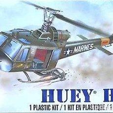 Maquetas: MAQUETA DEL HELICÓPTERO BELL UH-1C HUEY HOG (GUERRA DE VIETNAM) DE REVELL A 1/48. Lote 148536710