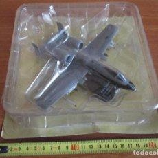 Maquetas: AVIONES: MAQUETA EN PLASTICO Y METAL AVION MODELO: A-10A THUNDERBOLT II (ESCALA 1/100). Lote 150253378