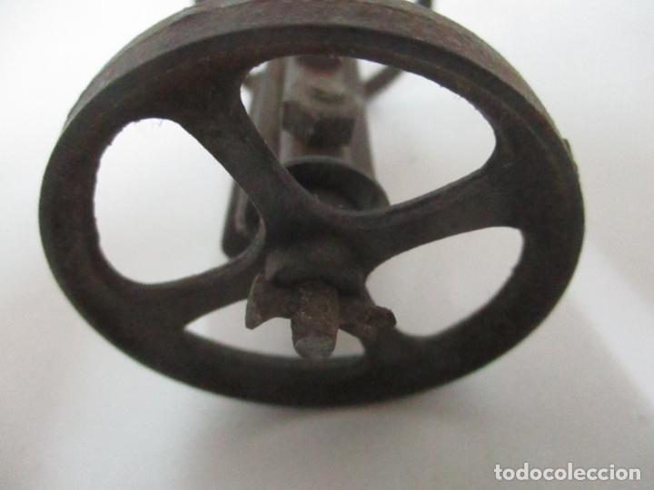 Maquetas: Antiguas Ruedas Metálicas - Maqueta - Metal - Artesanal - Años 40 - Foto 4 - 150747838
