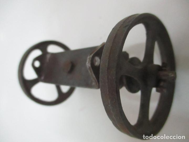 Maquetas: Antiguas Ruedas Metálicas - Maqueta - Metal - Artesanal - Años 40 - Foto 5 - 150747838