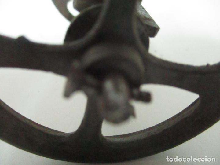 Maquetas: Antiguas Ruedas Metálicas - Maqueta - Metal - Artesanal - Años 40 - Foto 7 - 150747838