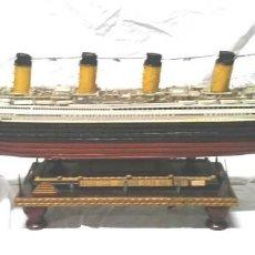 Maquetas: TITANIC DE MADERA, ESCALA 1/250, CON CIRCUITO ILUMINACIÓN. MED. 110 CM. Lote 151345770