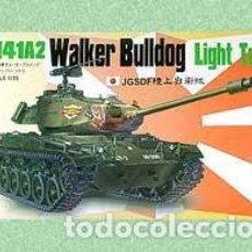 Maquetas: AFV CLUB M41A2 WALKER BULLDOG LIGHT TANK 1/35 35S11 + EXTRAS . Lote 155037898