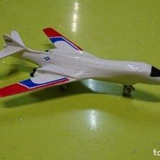 Macchiette: AVION RACING CHAMPIONS B-18 BOMBER. Lote 158830094