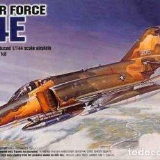 Maquetas: MAQUETA DEL CAZABOMBARDERO MCDONNELL F-4E PHANTOM II DE ACADEMY A ESCALA 1/144. Lote 160354278