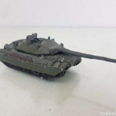 Maquetas: TANQUE AMX-30 FRANCÉS FABRICADO EN RESINA Y PLOMO. Lote 165167598