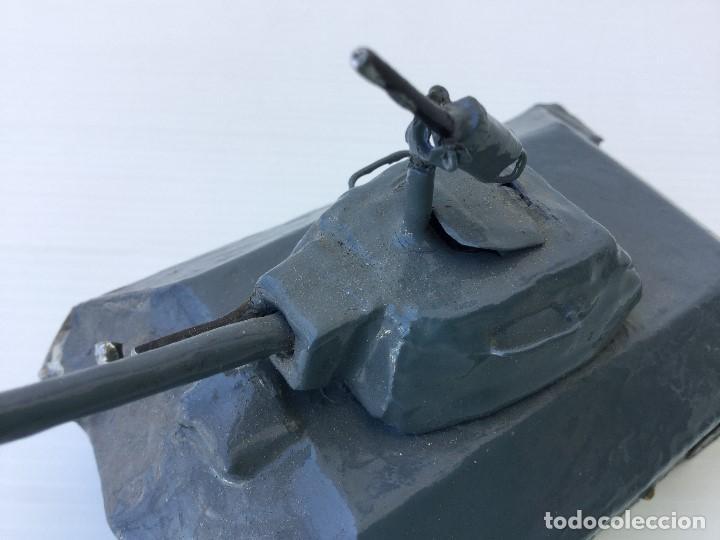 Maquetas: Tanque militar artesanal de hojalata - años 40 - Foto 2 - 166305874
