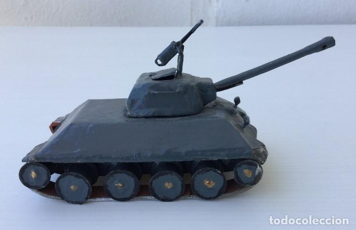 Maquetas: Tanque militar artesanal de hojalata - años 40 - Foto 3 - 166305874