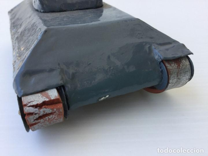 Maquetas: Tanque militar artesanal de hojalata - años 40 - Foto 6 - 166305874