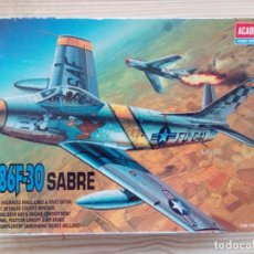 Maquetas: MAQUETA AVION SABRE F-86F-30 CON CAJA. Lote 168738912