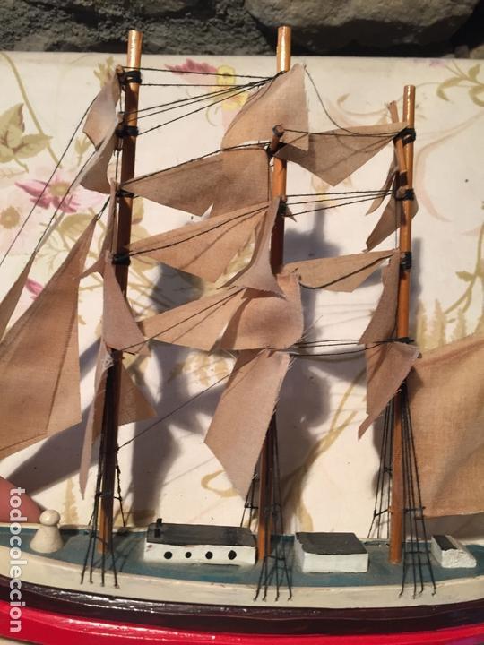 Maquetas: Antigua maqueta de barco velero de madera con velas, años 60 - Foto 2 - 169614296