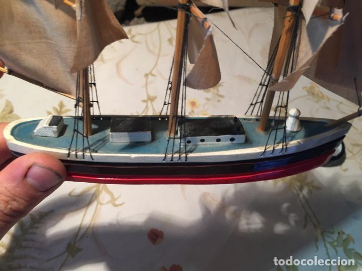 Maquetas: Antigua maqueta de barco velero de madera con velas, años 60 - Foto 11 - 169614296