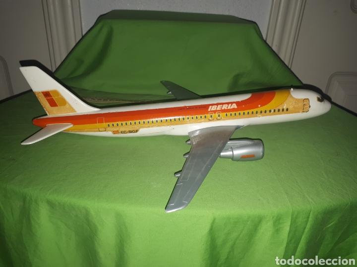 Maquetas: Antiguo avión AIRBUS 320 AIRPLAST MILANO ESCALA 1:100 PUBLICIDAD DE AGENCIA DE VIAJES leer descripci - Foto 4 - 171306093