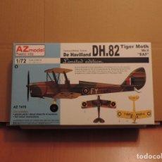 Maquetas: LOTE DE 7 MAQUETAS - 1 AZ MODEL 7470 DH.82 TIGER MOTH MK.II RAF 1/72 + (6 ZTS SIN CAJA). Lote 173209099