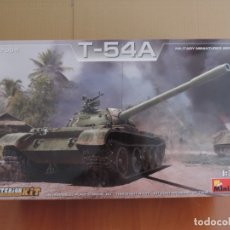 Maquetas: MINIART 37009 CARRO T-54A 1/35 CON INTERIORES.. Lote 122562639
