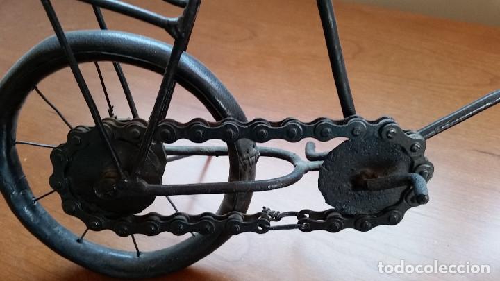 Maquetas: Maqueta bicicleta de paseo -artesanal-. Años 80. Hierro. Miniatura - Foto 2 - 173667345