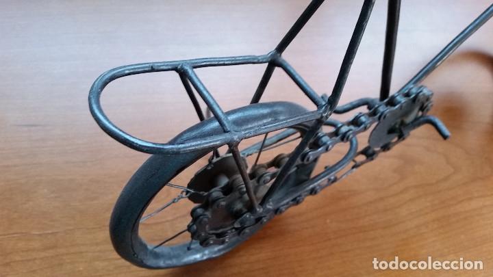 Maquetas: Maqueta bicicleta de paseo -artesanal-. Años 80. Hierro. Miniatura - Foto 5 - 173667345