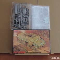 Maquetas: RODEN 707 SD.KFZ. 234/3 WWII GERMAN ARMORED VEHICLE 1/72. Lote 57553218