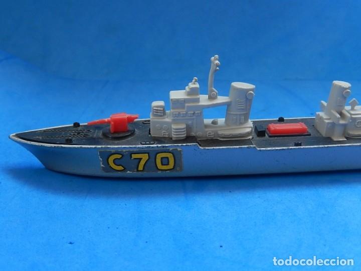 Maquetas: Dos barcos de guerra. Corvette (Corbeta) C70. Fabricados en Inglaterra por Matchbox, Lesney. 1976. - Foto 3 - 174513222