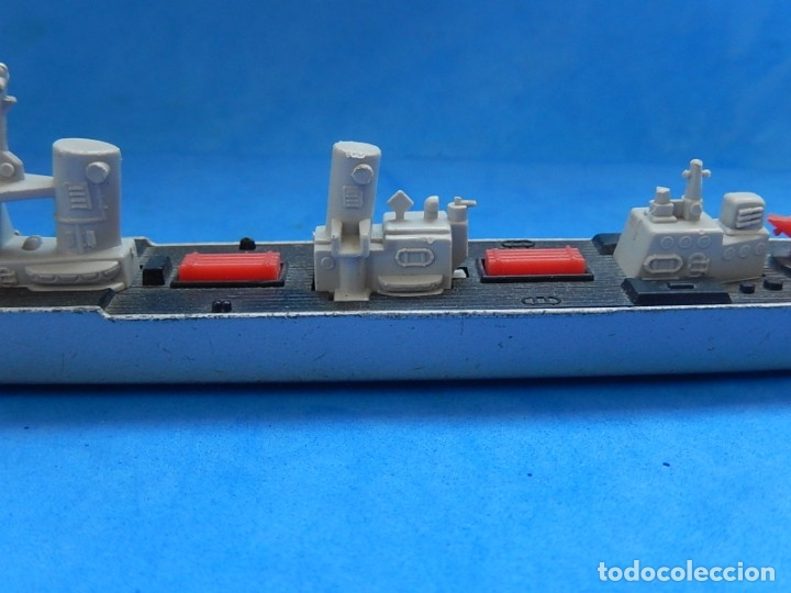Maquetas: Dos barcos de guerra. Corvette (Corbeta) C70. Fabricados en Inglaterra por Matchbox, Lesney. 1976. - Foto 4 - 174513222