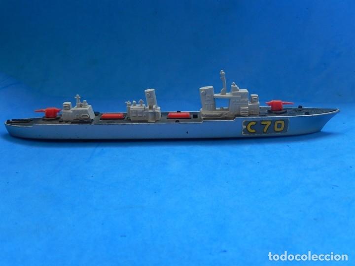 Maquetas: Dos barcos de guerra. Corvette (Corbeta) C70. Fabricados en Inglaterra por Matchbox, Lesney. 1976. - Foto 6 - 174513222