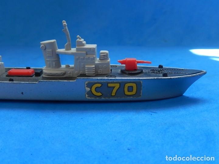 Maquetas: Dos barcos de guerra. Corvette (Corbeta) C70. Fabricados en Inglaterra por Matchbox, Lesney. 1976. - Foto 7 - 174513222