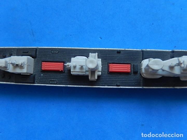 Maquetas: Dos barcos de guerra. Corvette (Corbeta) C70. Fabricados en Inglaterra por Matchbox, Lesney. 1976. - Foto 12 - 174513222