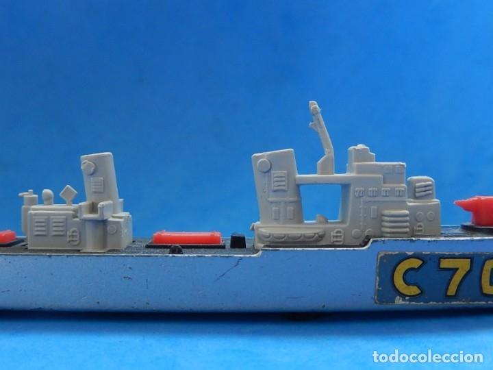 Maquetas: Dos barcos de guerra. Corvette (Corbeta) C70. Fabricados en Inglaterra por Matchbox, Lesney. 1976. - Foto 24 - 174513222